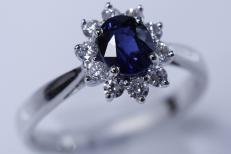18ct-white-gold-Sapphire-and-Diamond-ring-CSR180-714-1-1.jpg