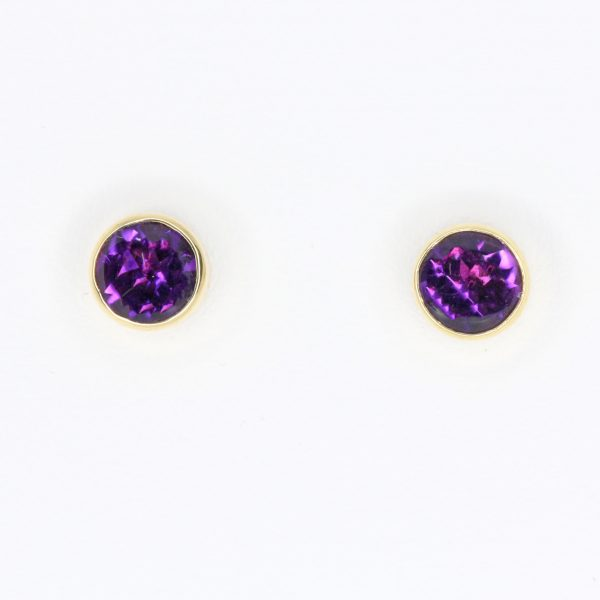 Round Cut Amethyst Earrings set in 18ct Yellow Gold