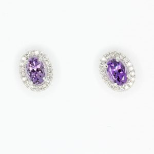 Oval Amethyst with Halo of Diamond set in 18ct White Gold