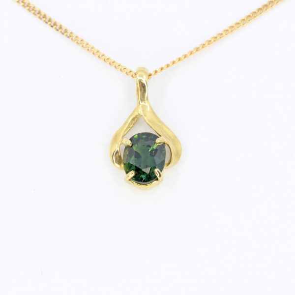 Oval Australian Green Sapphire Pendant set in 18ct Yellow Gold