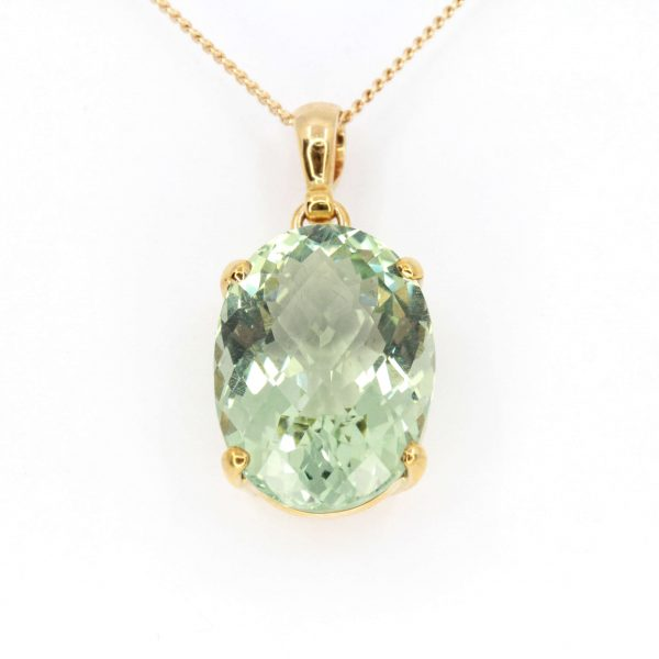 Oval Green Quartz Pendant set in 9ct Yellow Gold