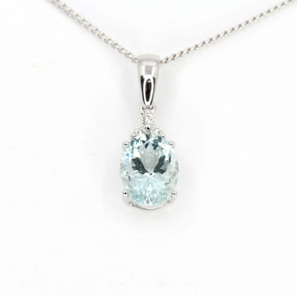 Aquamarine Pendant with Diamonds set in 18ct White Gold