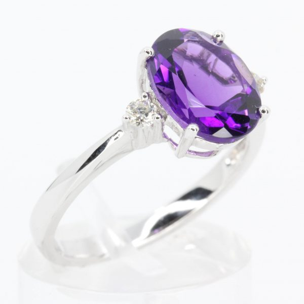 Amethyst Ring with Diamond Accents set in 18ct White Gold