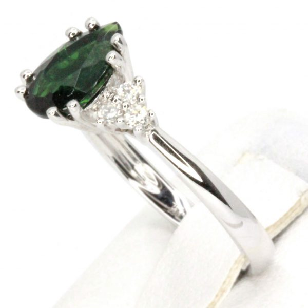 Pear Cut Green Garnet with Diamond Shoulder Accents Set in 18ct White Gold