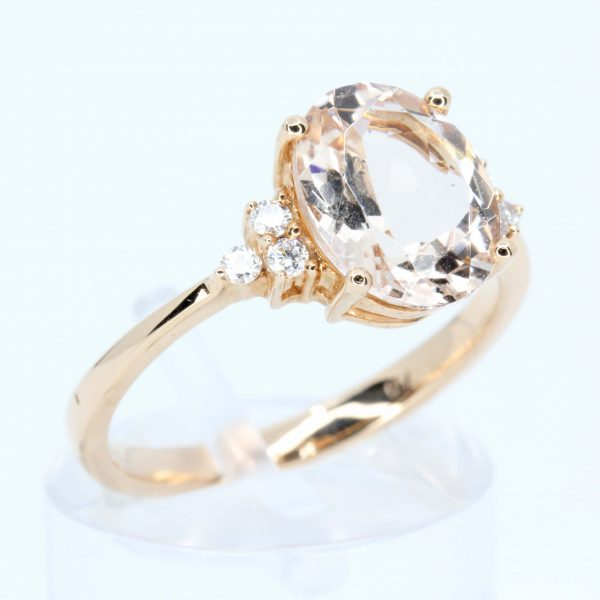 Oval Shape Morganite Ring with Accents of Diamonds Set in 18ct Rose Gold