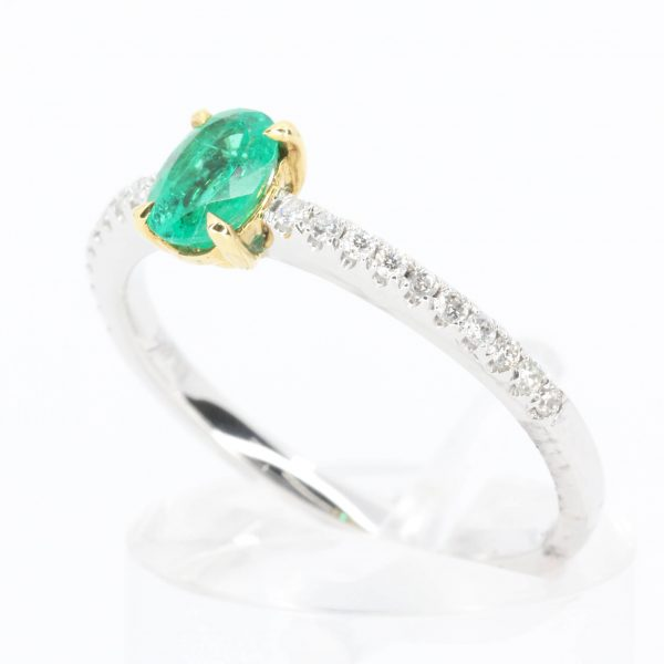 Emerald & Diamond Ring set in 18ct White Gold & 18ct Yellow Gold
