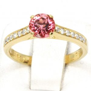 Claw Shape Pink Tourmaline Ring with Shoulder of Diamonds Set in 18ct Yellow Gold