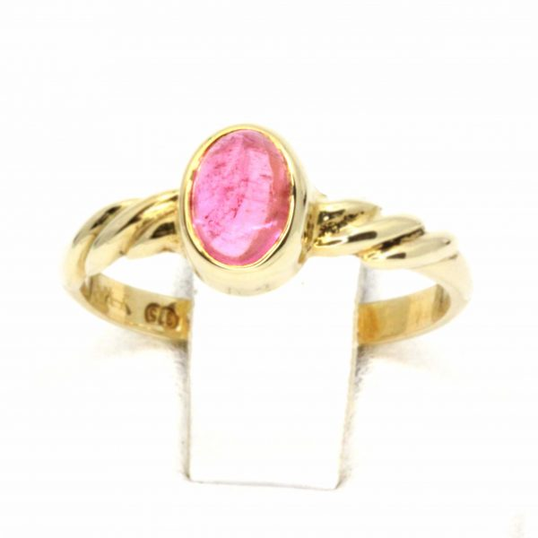 Oval Pink Tourmaline Ring set in 9ct Yellow Gold