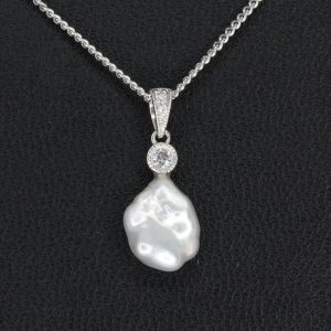 Keshi Pearl Pendant with Diamonds set in 18ct White Gold