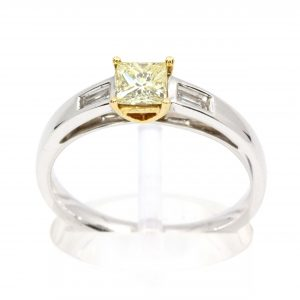 Princess Cut Diamonds Ring with Yellow Diamond set in 18ct White Gold