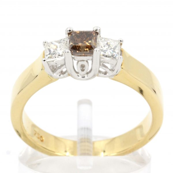 Princess Cut Diamonds Ring with Champagne Diamond set in 18ct Yellow Gold