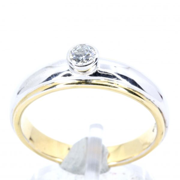 Round Brilliant Cut Diamond Ring set in 18ct Two Tone Gold