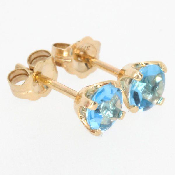 round cut aquamarine earrings