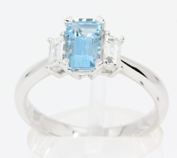 aquamarine stone ring
