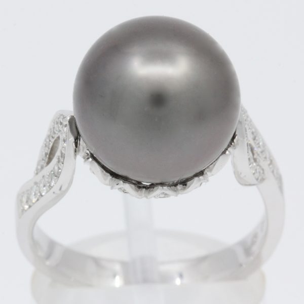 black pearl with diamonds ring